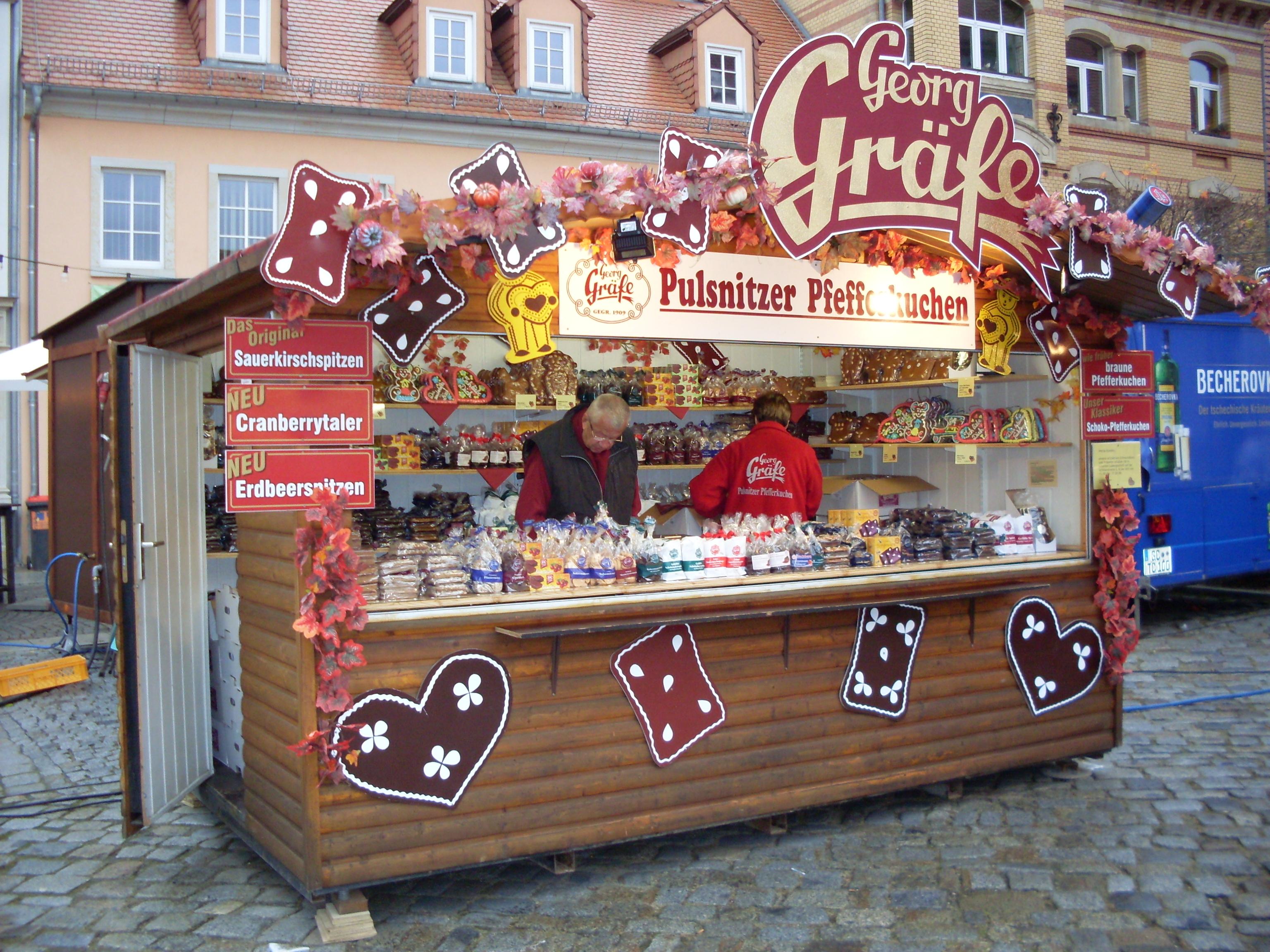 Georg Gräfe Stand auf dem Pfefferkuchenmarkt in Puslnitz